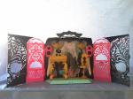 Диджейская установка с колонкой Monster High подключается к телефону