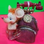 Керамическая сувенирная Мышка с телефоном