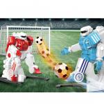 Crazon Набор из двух роботов футболистов на пульте управления.